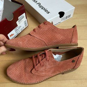 Hush Puppies NEW sz 6 coral lace up oxfords